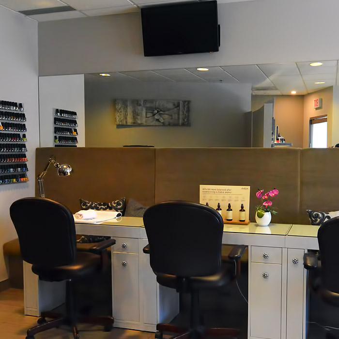 FAME-International-Salon-&-Spa-Salon-Makeup